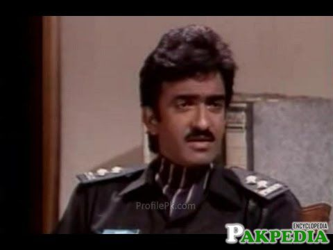 Tauqeer Nasir's Acting as a Policeman