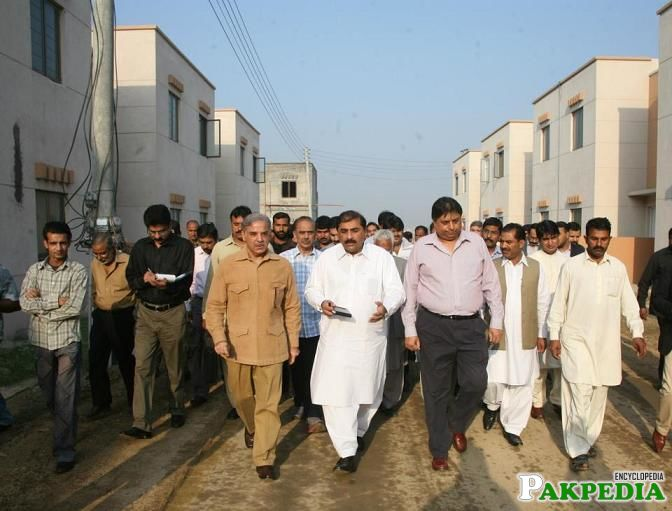 Shahbaz Visits Ashiana housing – Aashiyana Scheme in 16 districts | Real Estate, Housing News