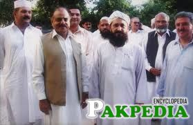 Hameed gul with his companions