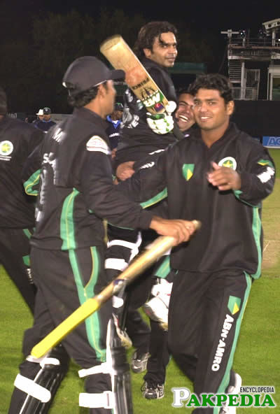 Naved Latif with his Team