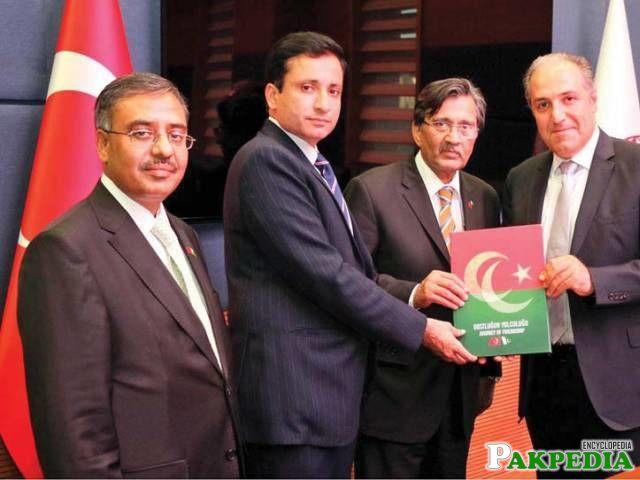 Muhammad Pervaiz Malik with Turkish Politician