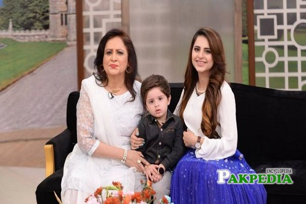 Fatima with her mother in a morning show