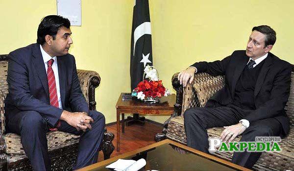With Ambassador Dr Nunn