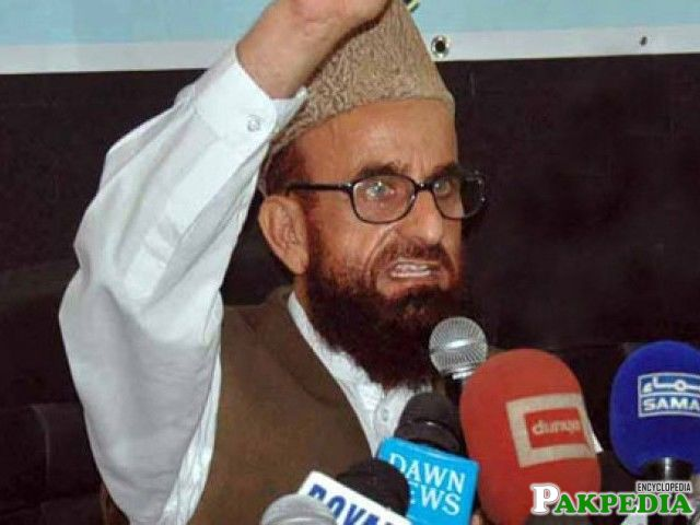 Mufti Muneeb-ur-Rehman on media talk