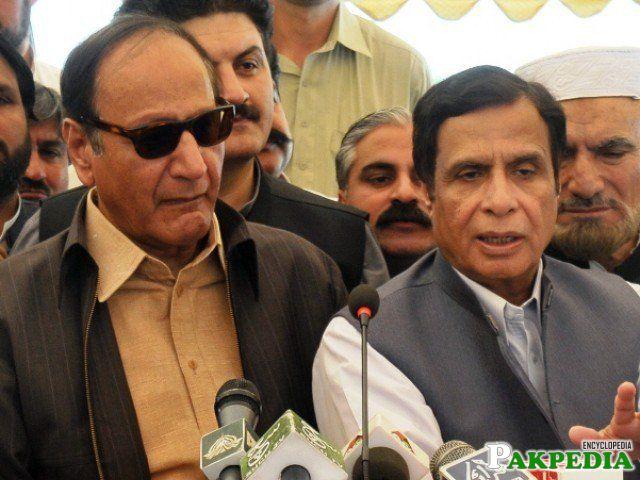 Chaudhry Pervaiz Elahi with Chudhary Shujaat