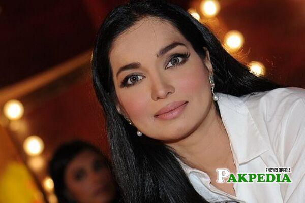 Aaminah Haq Biography