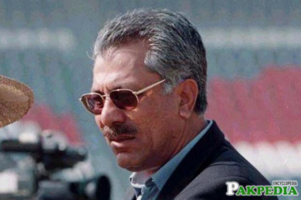 Zaheer Abbas in Stadium