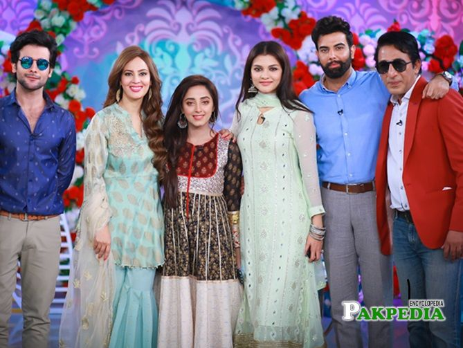 Noor with the cast of his movie Jackpot