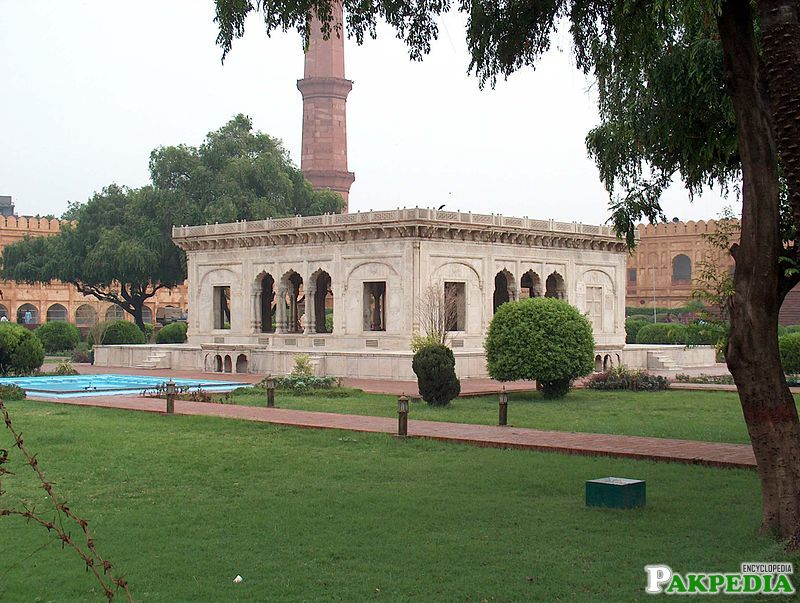 traditional Mughal style layout.