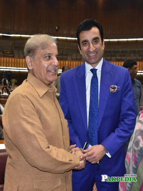Ali Zahid with Shahbaz Sharif in National Assembly