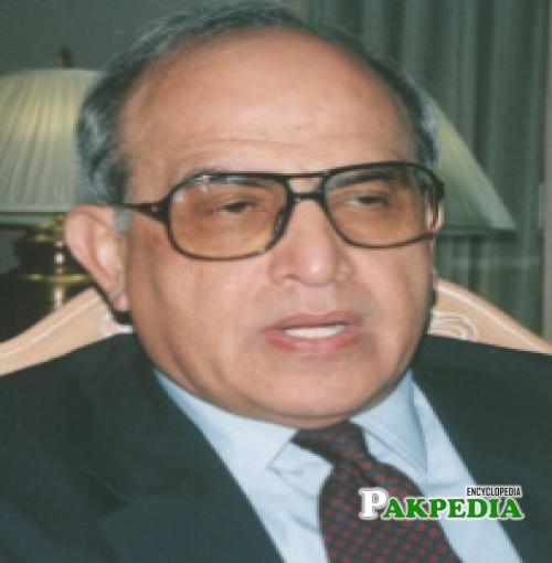 Farooq Leghari As a Joint Secretary