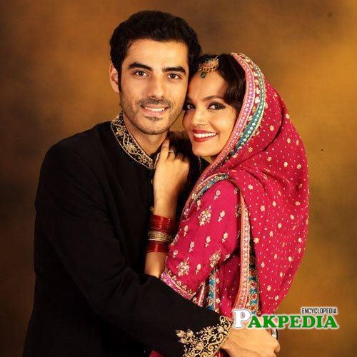 Amina with Adeel hussain on sets of Mora piya
