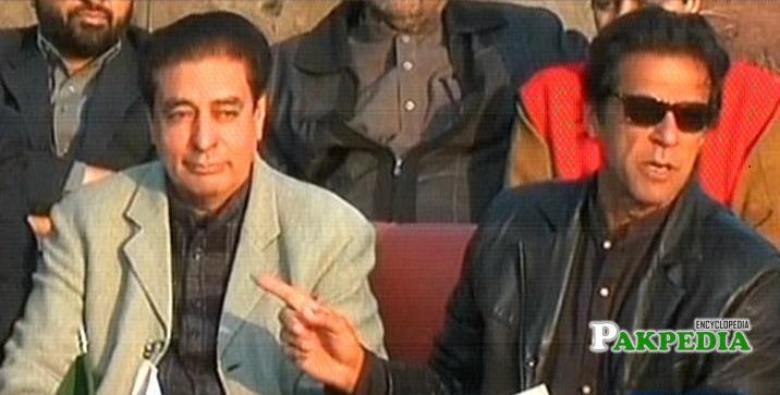 Riaz Fatyana with pm Imran Khan