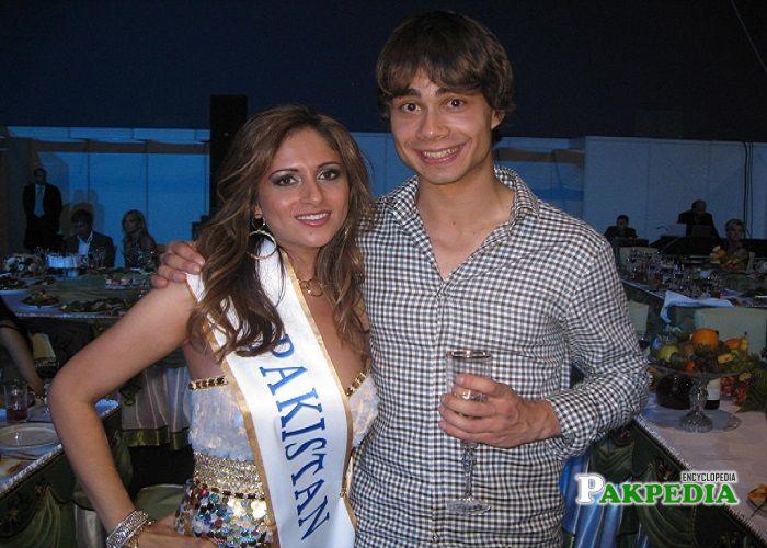 Mariyah in a Miss Pakistan World beauty pageants