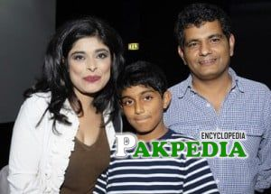 Sana Bucha with her family