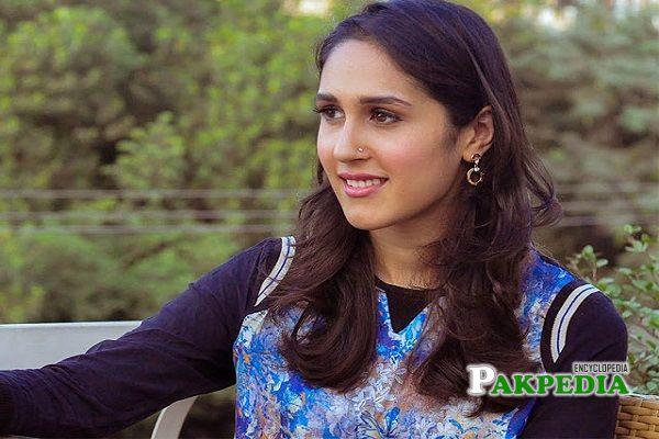 Mira Sethi Biography