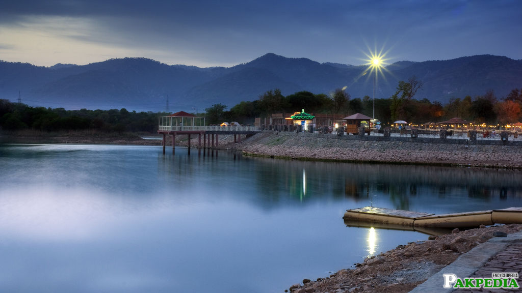 Rawal Lake in Islamabad