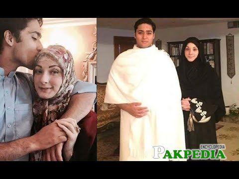 with mother in Makkah