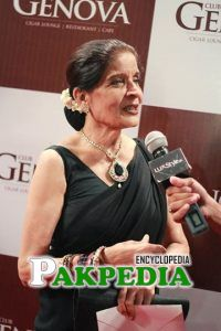 Zubaida apa in an event