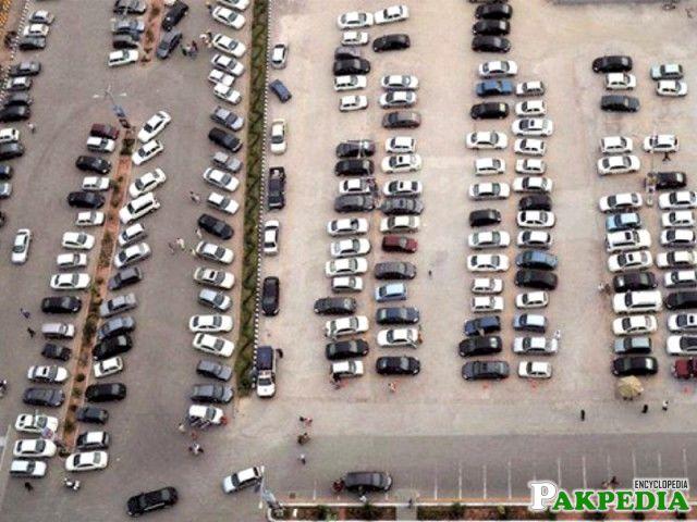 Centaurus Mall Parking