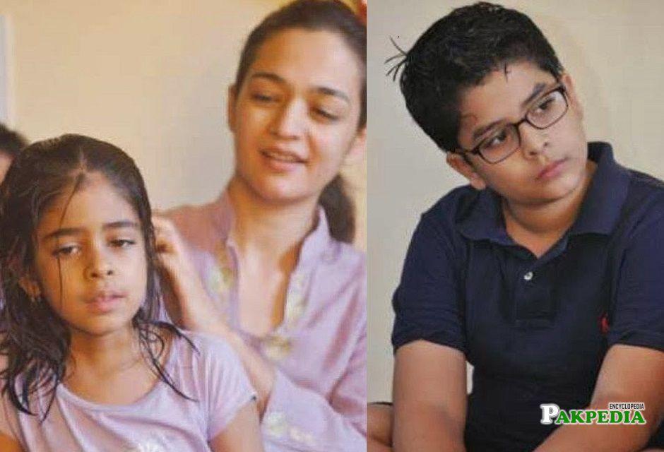 Samiya Mumtaz family