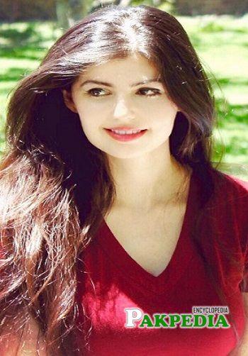 Anam Gohar Biography
