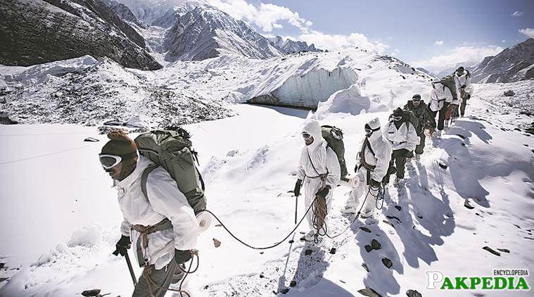 Pakistan army in Siachen