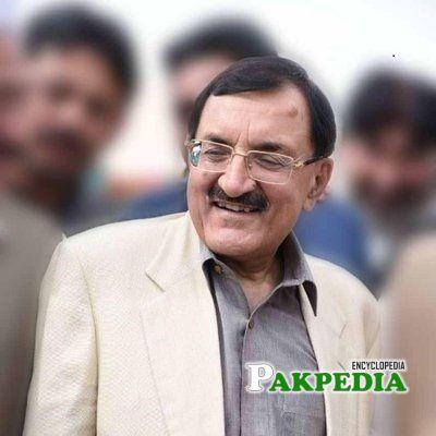 Tahir Sadiq Khan Biography