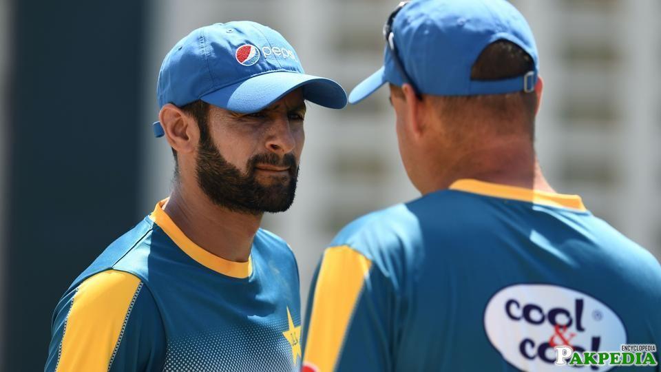 Shoaib Malik with Coach of Pakistan Team