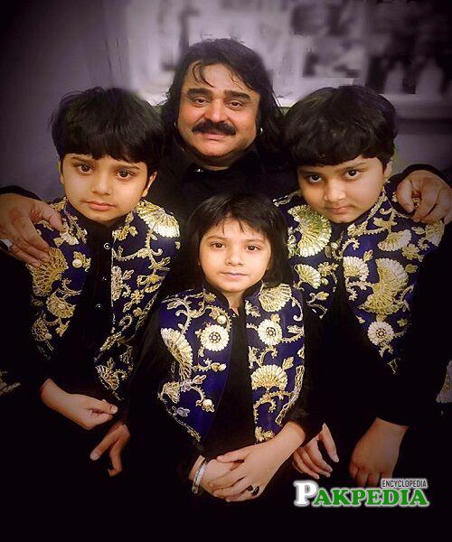 Arif Lohar Family