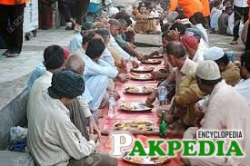 125,000 people eat the food daily at Saylani Welfare Trust