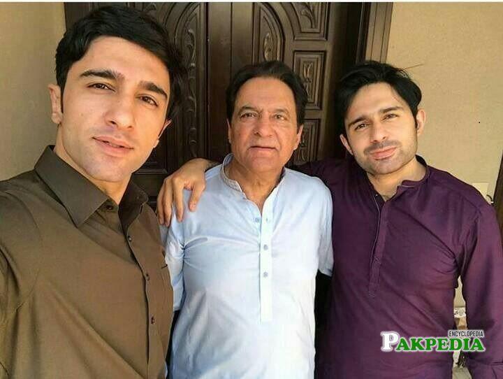 Hamza Firdous Family