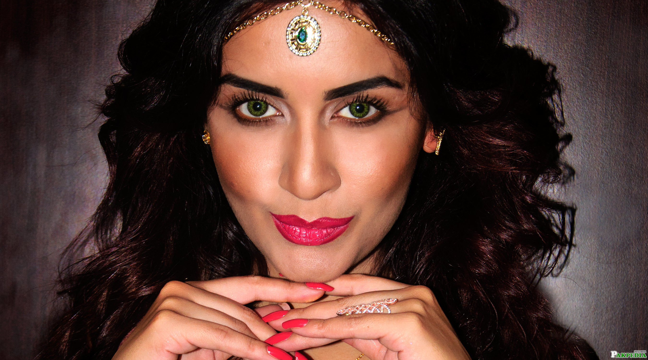 Saman Ansari Pakistani Actress