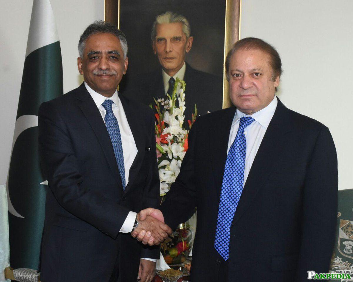 Zubair Umar With Nawaz Sharif