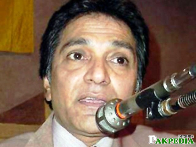 Moin Akhter was famous for Acting