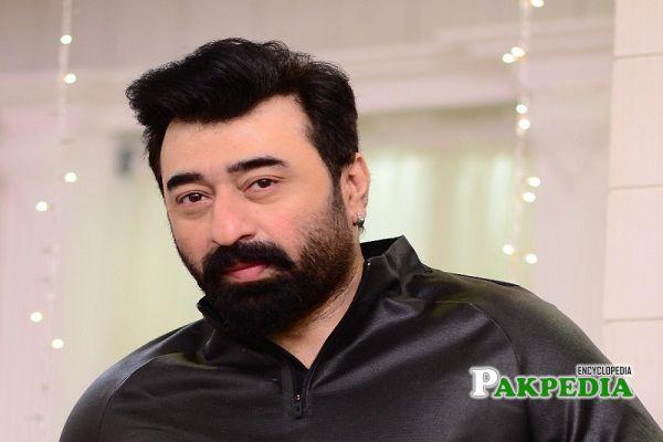 Yasir Nawaz Biography