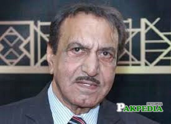 Mustafa Qureshi Biography