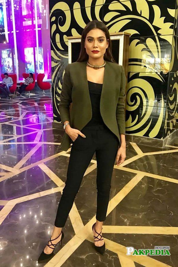 Zara Abid all set to make her acting debut