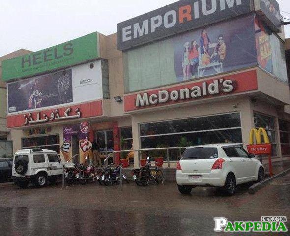 McDonalds at Sialkot Cantt Sialkot