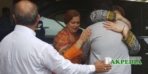 Mother greeting Awais shah on his safe return
