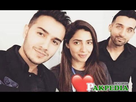 Shahveer with Mahira khan and Sham idrees