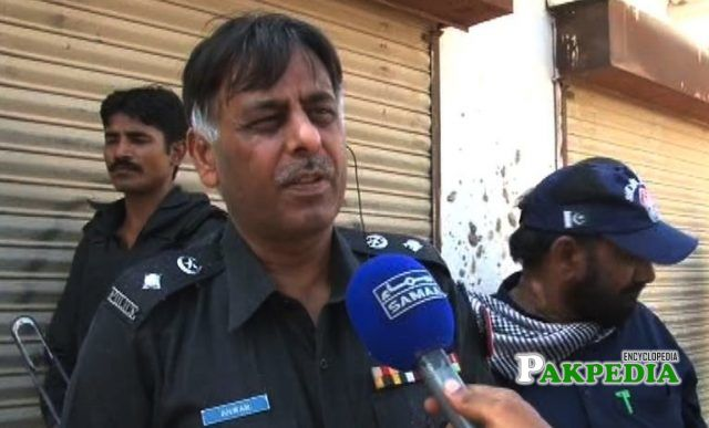 Rao Anwar while talking to media