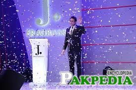 Fashion and lifestyle brand J. by Junaid Jamshed takes veteran cricketer Wasim Akram on board to launch signature fragrance