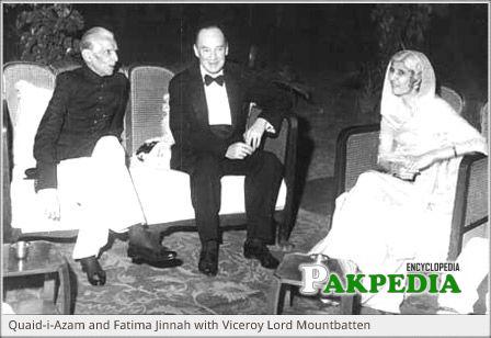 Lord Mountbatten with Jinnah and Fatima Jinnah