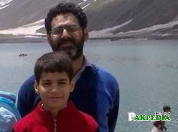 Naeem Rashid with his son Talha Naeem