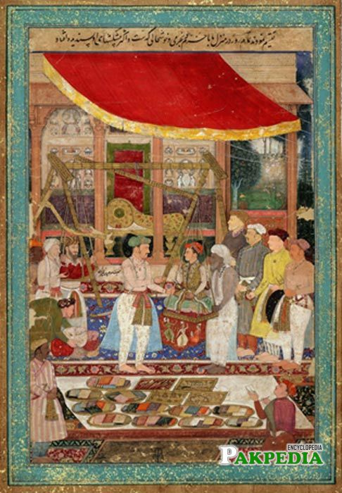 Jahangir weighed Shahjahan in gold