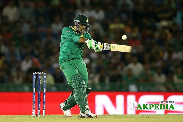 sharjeel khan batting
