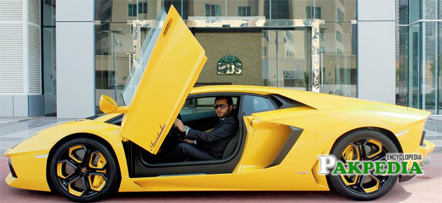 Ali Dar takes the Lamborghini Aventador LP 700-4 for the inaugural run