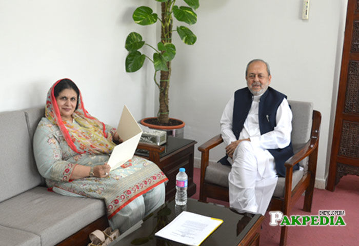Ms. Doultana congratulated Dr. S. M. Junaid Zaidi on appointment as the Executive Director of the COMSATS