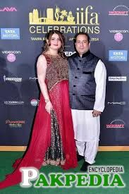 Rahat Fateh Ali Khan with Wife in Award Ceremony